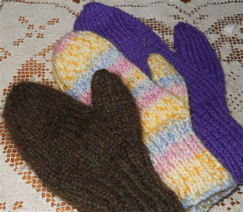 knitted mittens on 2 needles plain and joyful living two needle mitten pattern