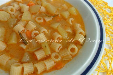 minestra sedano e patate minestra di pasta e patate saporita