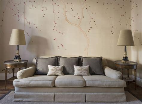 wandtapeten wohnzimmer handbemalte chinesische tapeten aus seide mit