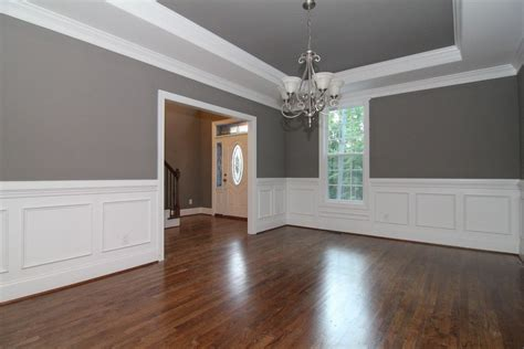Painting Wainscoting White by White Wainscoting Walls In The Formal Dining Room With Sw