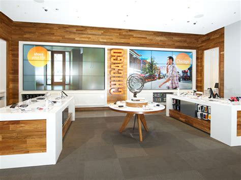 Are You A Chicago Designer Or Store by Mobile Stores At T Flagship Store Chicago Illinois