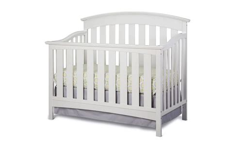 Best Convertible Cribs 2014 Storkcraft Sorrento Convertible Crib In White With Storkcraft S New Fitted Crib Sheets And Skirt