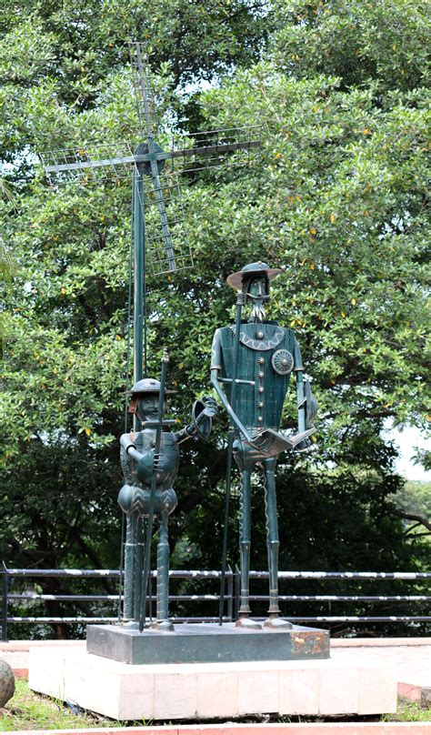 barcelona avenue lineal park welcome to guayaquil sculpture don quixote and sancho panza welcome to