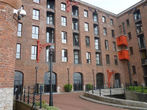 Apartment Dock Liverpool 3 Bedroom Apartment For Sale In The Colonnades Albert