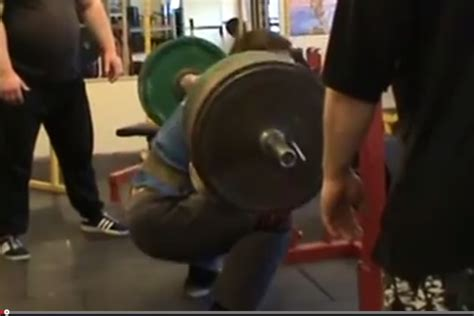 igor olshansky bench press igor gagin squat 370kg x 7 with knee wraps cast iron