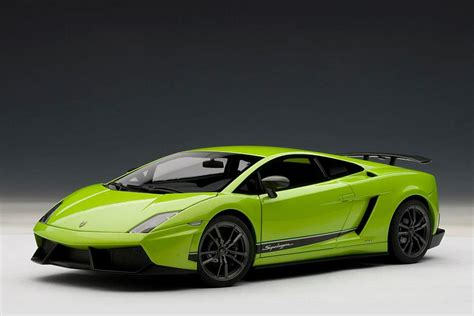 Diecast Lamborghini Gallardo Lp 570 4 Superleggera 1 43 By Autoart autoart lamborghini gallardo lp570 4 superleggera green