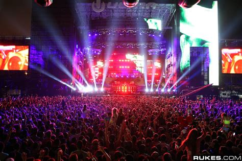 best house music 2008 ultra music festival 2010 sells out two days with more than 100 000 visitors houseplanet