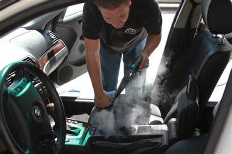 come pulire la tappezzeria della macchina pulizia auto con vapore come pulire i sedili e gli