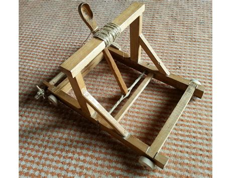 Handmade Catapult - related keywords suggestions for catapult