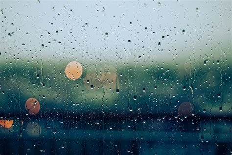 rainy days das de rainy day playlist popsugar smart living