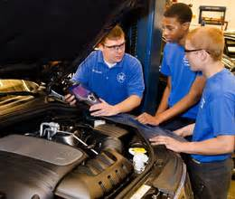 Technician School Auto Mechanic Education Requirements Today