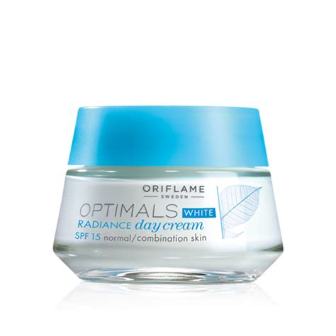 Optimal White Radiance Oriflame dear e diary review oriflame skincare set optimals white