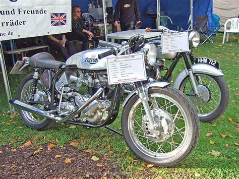 Norton Motorrad Hamburg by 7 Hamburger Stadtpark Revival Marke Triton Modell