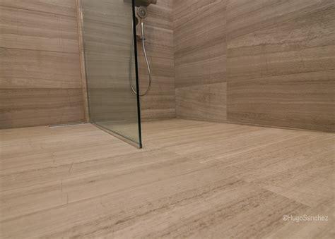 seamless bathroom flooring de plain pied c 233 ramiques hugo inc