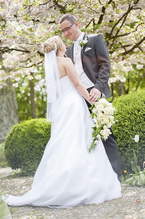 Hochzeitsbilder Fotograf by Wie Entstehen Sch 246 Ne Hochzeitsbilder Fotostudio Fotozon