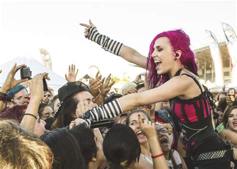 for hire live review icon for hire substream magazine