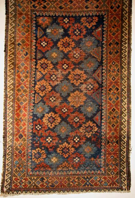 arabian rugs guide to arab baluch rugs carpets