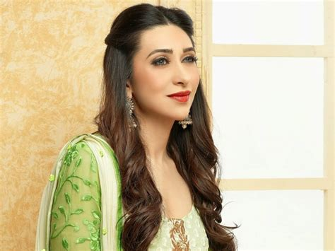 karisma kapoor educational qualification education qualifications of 12 top bollywood actresses