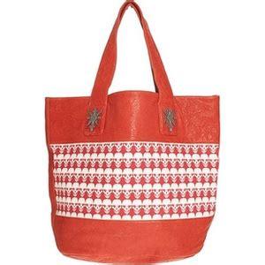 Heidi Seal The Wylde Outlaw Canvas Bag by Wylde Outlaw Canvas Bag Who Wear Use