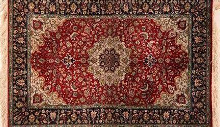 pulizia tappeti ammoniaca come pulire i tappeti e renderle brillanti i colori