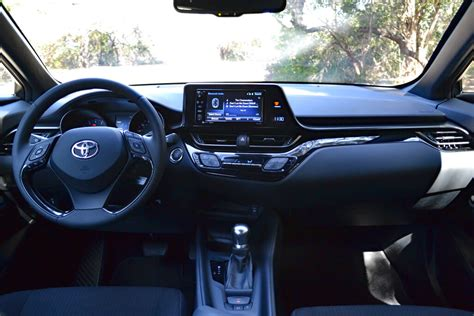 2019 toyota chr toyota 2019 toyota chr dashboard and interior 2019
