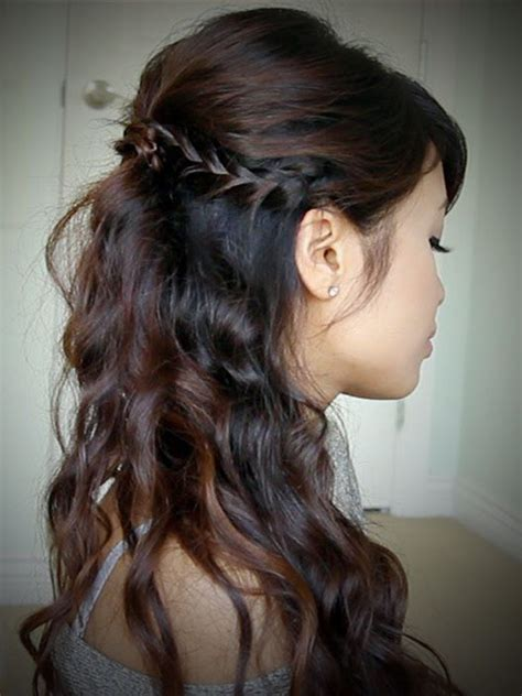 hairstyles for prom half up half down hair   Elle Hairstyles