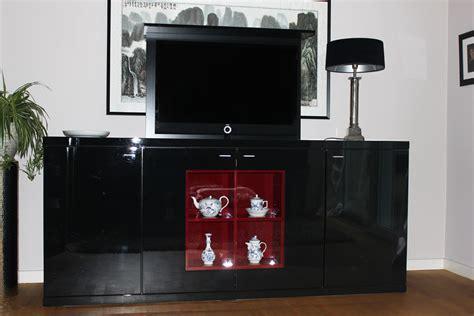 schrank mit tv lift tv schrank liftsystem deptis gt inspirierendes design