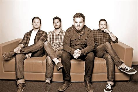 thrice news news thrice premiere video for quot hurricane quot punk rock