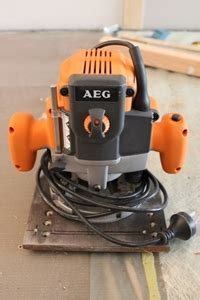Router Aeg aeg router model rt 1350 e single phase mounted to steel jig 33474 1 auction 0119 495924
