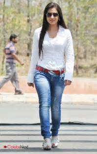 aksha latest photos in blue jeans and white shirt