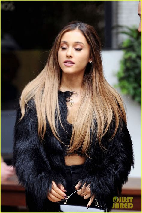 whats up with ariana grandes hair 1000 images about ariana grande hair on pinterest