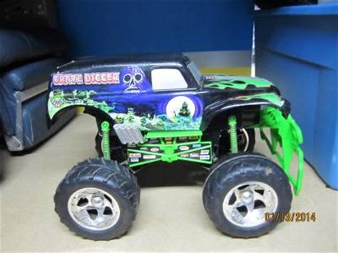 tyco rc grave digger monster truck rare grave digger 2003 sfx motor tyco rc remote control
