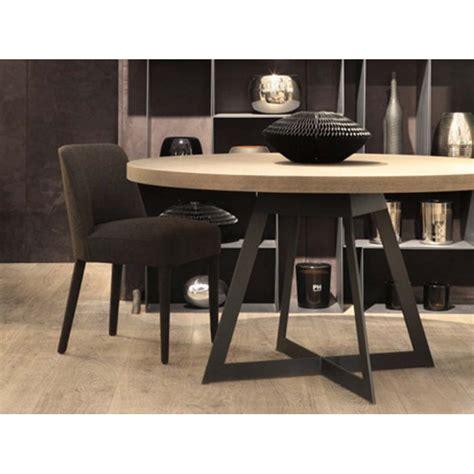 Incroyable Modele De Salle A Manger En Bois #3: table-de-salle-a-manger-baron-ronde-ph-collection.jpg