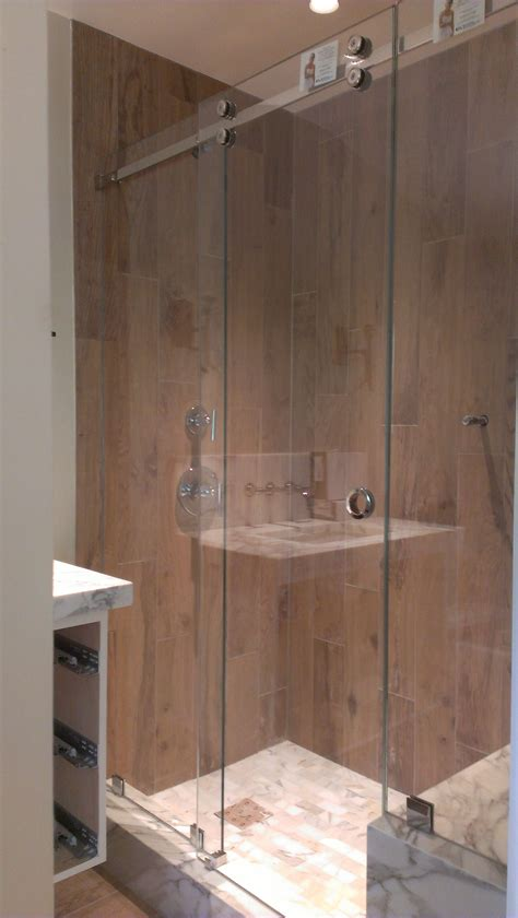 Crl Shower Doors Crl Serenity With Guardian Showerguard And Fixed Panels Ot Glass