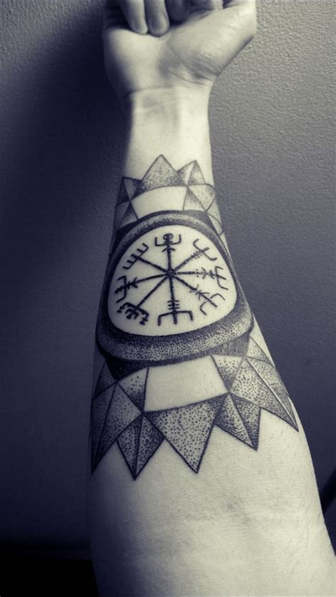 vegvisir tattoo 17 best images about on compass
