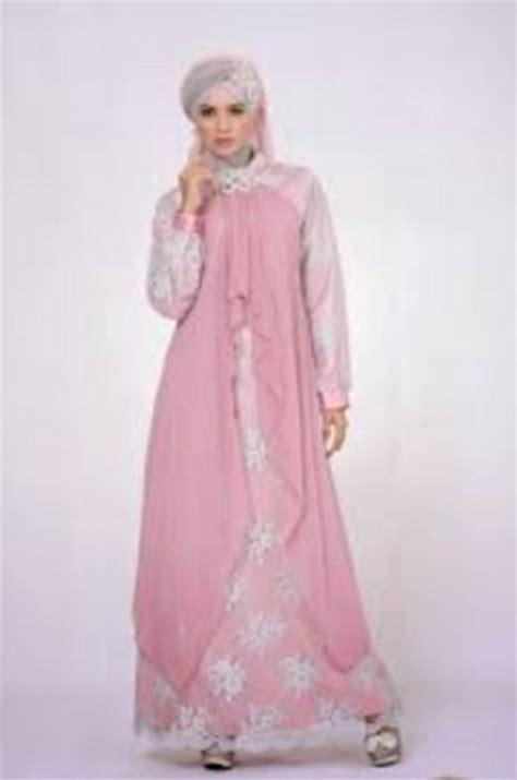 Baju Kebaya Ibu Modern 17 ide kebaya modern untuk ibu ide model busana