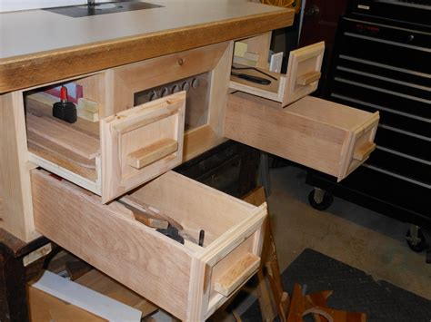 steve ramsey woodworking steve ramsey inspired router table by harriw