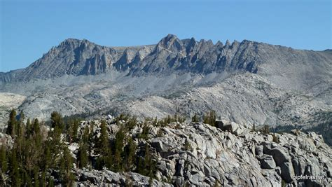 Rugged Mountains by Jmt Day 6 From Lake To Lake To Lake 187 Gipfelrast At