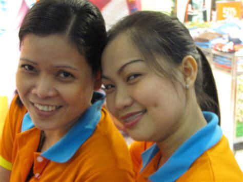 filipino person philippine girl eye language