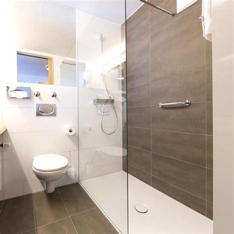 Kleine Badezimmer Beispiele by Kleine Badezimmer Beispiele Ezimmer Kleines Bad Renovieren