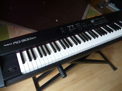Keyboard Roland Rd 300sx roland rd 300sx image 374509 audiofanzine