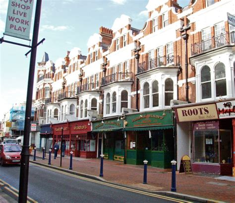 Small Row House - visit the historic english town of eastbourne