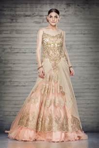 designer wedding gowns offbeat bridal gowns sareez
