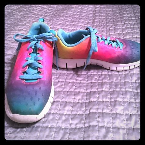 tennis shoes size 2 nike nike rainbow tennis shoes size 2 from becky s