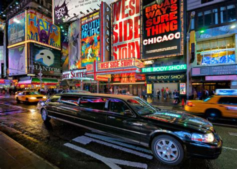 limousine new york giro in limousine a new york tour vip della grande mela