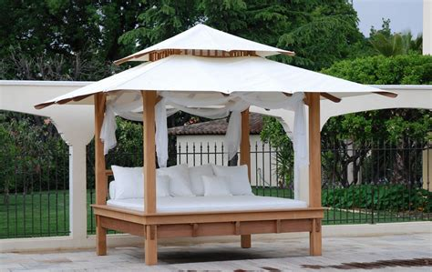 outdoor canopy bed outdoor porch bed diy canopy beds ideas for romantic