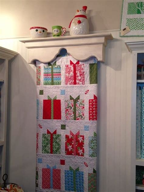 Quilt Display Hanger by Easy Display Quilt Hanger Woodworking Projects Plans
