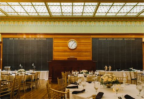 a classic wedding at the institute of chicago