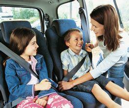 racc sillas auto a rodar la mitad de las sillas infantiles deben mejorar