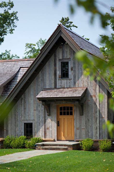 rustic barn homes bunk house with rustic interiors home bunch interior